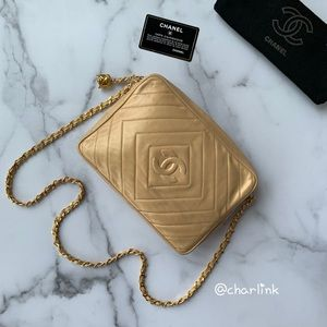 CHANEL 💎 Camera Bag Champagne Lambskin Authentic
